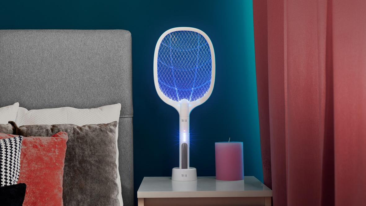 Paleta electrica swatter / lampa UV  Teesa