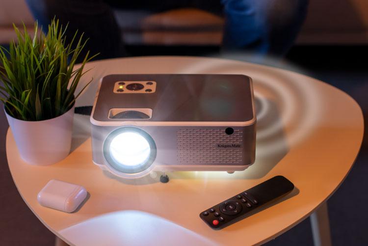 Proiector LED Kruger&Matz cu difuzor incorporat