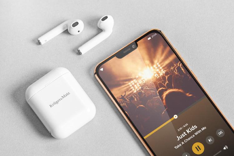 Casti cu Bluetooth 5.0